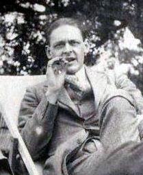 T.S._Eliot,_1923