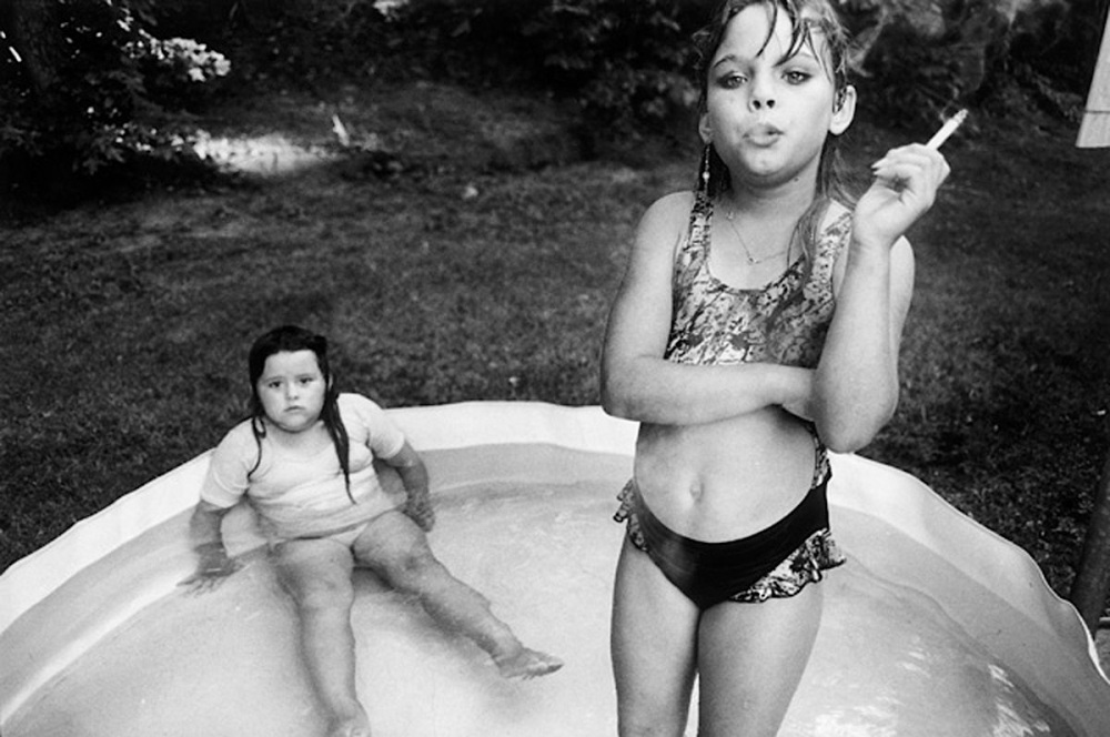 001-mary-ellen-mark-theredlist